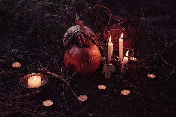 ozdoby na halloween przed dom